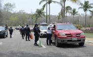 Turista acusa daños a vehículo en filtros sanitarios en Huatulco; municipio rechaza señalamientos
