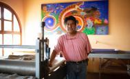 Enrique Flores, el artista plástico de Oaxaca que convirtió su taller en un centro cultural para la comunidad