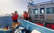 Una ola arrastra a esposo de la regidora de Tuxtepec; Protección Civil de Veracruz lo busca