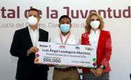 Reconocen trabajo de 11 jóvenes de Oaxaca con Premio Estatal de la Juventud 2021