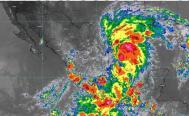Oaxaca es golpeada por dos frentes, norte y sur; seguirán lluvias intensas por Nicholas y onda tropical 29