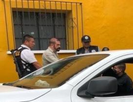 Por delito de despojo a caricaturista, vinculan a proceso a exsubprocurador de Oaxaca