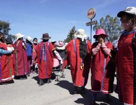 Por bloqueo de triquis del MULTI para exigir retorno seguro, se dispara precio de transporte en Oaxaca