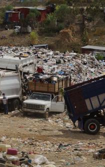 En Oaxaca, 203 tiraderos causan riesgo ambiental; en la capital sigue polución