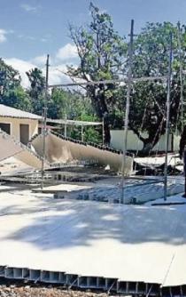 Vientos del Istmo tiran aulas provisionales de $426 mil en Juchitán