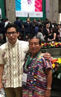 """De La Mina, Oaxaca, al MIT; así ha sido el camino del """"Huarachudo"""""""