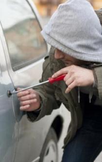 Sube 19.8% el robo de autos en abril, reportan aseguradoras
