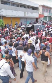 Candidatos cambian métodos de campaña, por violencia en Juchitán