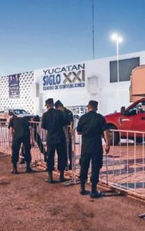 Resguardan 120 policías la sede del tercer debate organizado por el INE