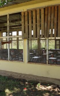 Crisis agobia a estudiantes de secundaria-internado en Oaxaca