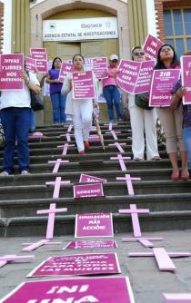 """""""Clausuran"""" oficinas; acusan negligencia y omisión en atención a violencia contra mujeres"""