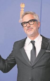 Roma se infla en los Globos: se lleva Cuarón dos premios
