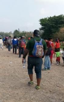 Segunda caravana de migrantes pasa rápidamente por Oaxaca
