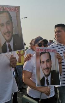 Con marcha, habitantes de Minatitlán exigen justicia tras ataque en fiesta