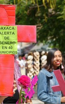 Ante reclamos de organizaciones feministas, gobierno de Oaxaca asegura combatir violencia de género