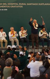Con canción Mixteca, AMLO hace homenaje a mexicanos que viven en EU