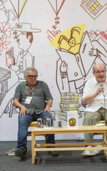 La vida, como la literatura, ha sido enriquecida por inmigrantes: Rushdie